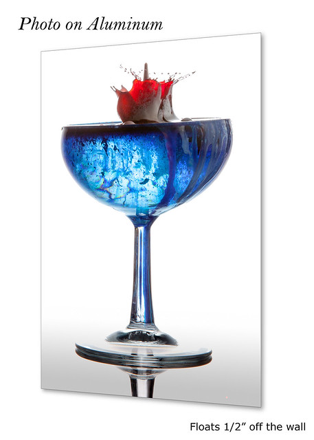 Red Splash in a Blue Glass #0950 | ©2017 - LiquidsinMotion.us.com