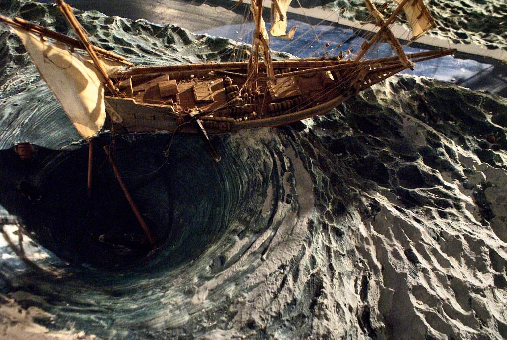 Maquette d'un voilier pris dans un maelstrom au musée Galata à Gênes.