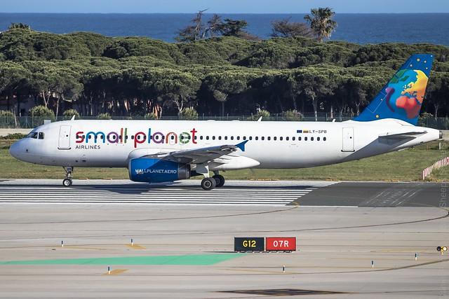 Airbus a320-232 LY-SPB @LEBL