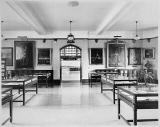 Northcliffe Room, looking east towards the Grey Room, Public Archives of Canada, Sussex Street, Ottawa, Ontario / Salle Northcliffe, vue de l'est vers la salle Grey, Archives publiques du Canada, rue Sussex, Ottawa (Ontario)
