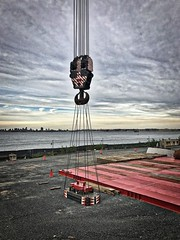 New 400-ton crane