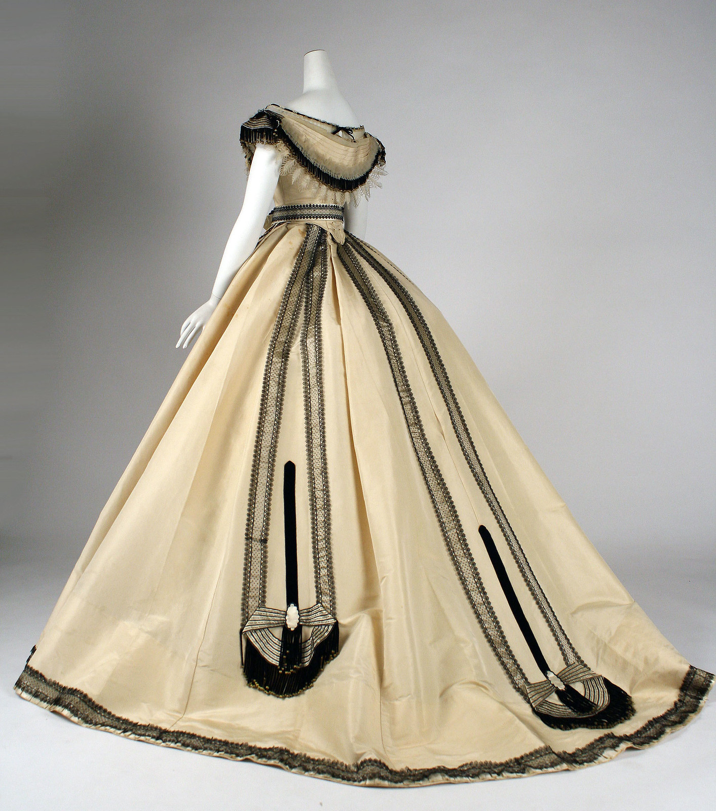 1864 Ball gown. French. Emile Pingat. Silk. metmuseum