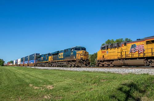 CSX Train's Q101 & Q688
