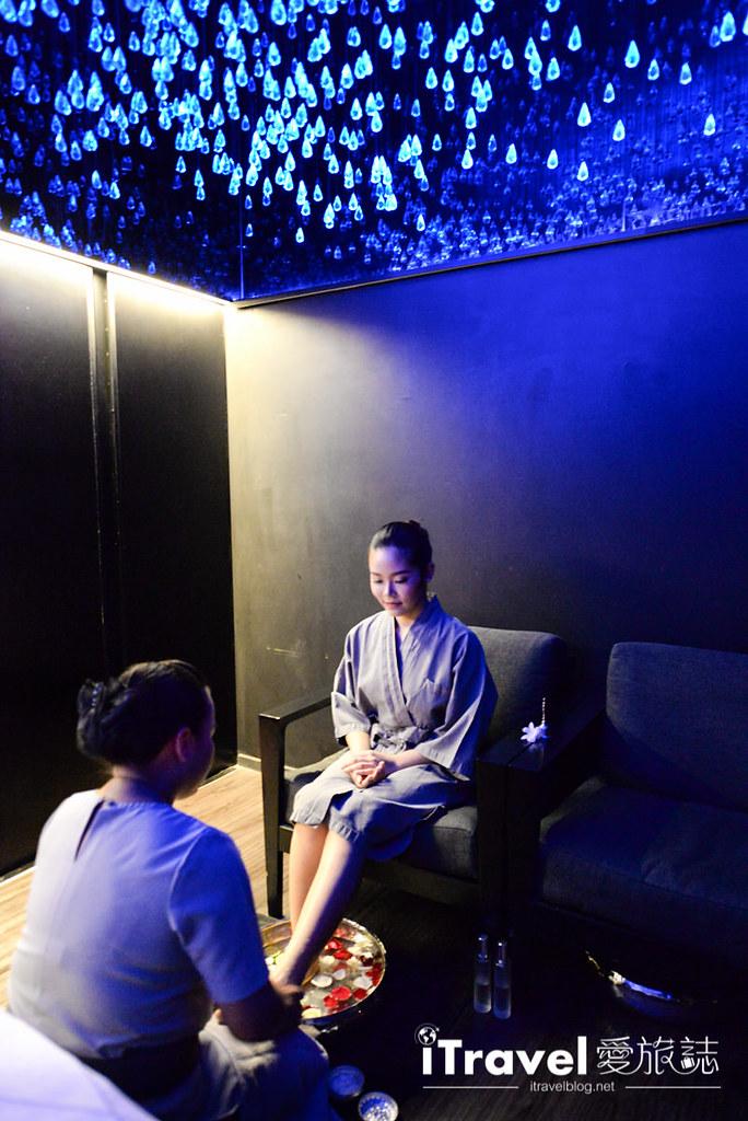 《曼谷SPA療程推薦》Dii Wellness Med SPA:水晶夢幻冥想沈澱,高規SPA手技釋放身心壓力。