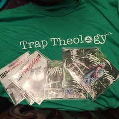 Was at @clubescape412 tonight!!!!! And enjoyed @realyoungnoah & @plainjamesdw   They were absolutely awesome  speaking that truth all night!!!!!! i had to get a tshirt & cd for #sparkfireministries #sparkfiremin #openmic #traptheology #traptheologytour