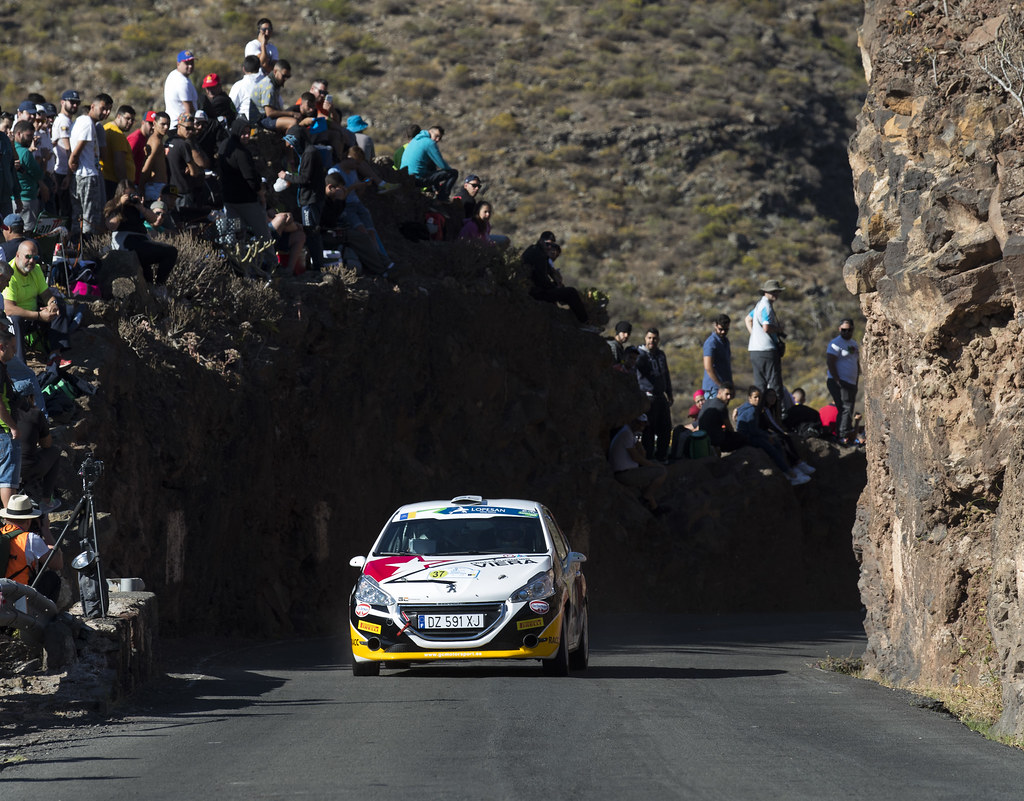 37 GONZALEZ ESPINOS  Marcos (ESP), RUIZ ARIAS  RAQUEL (ESP), PEUGEOT 208 VTI R2, Action during the 2017 European Rally Championship ERC Rally Islas Canarias, El Corte Inglés,  from May 4 to 6, at Las Palmas, Spain - Photo Gregory Lenormand / DPPI