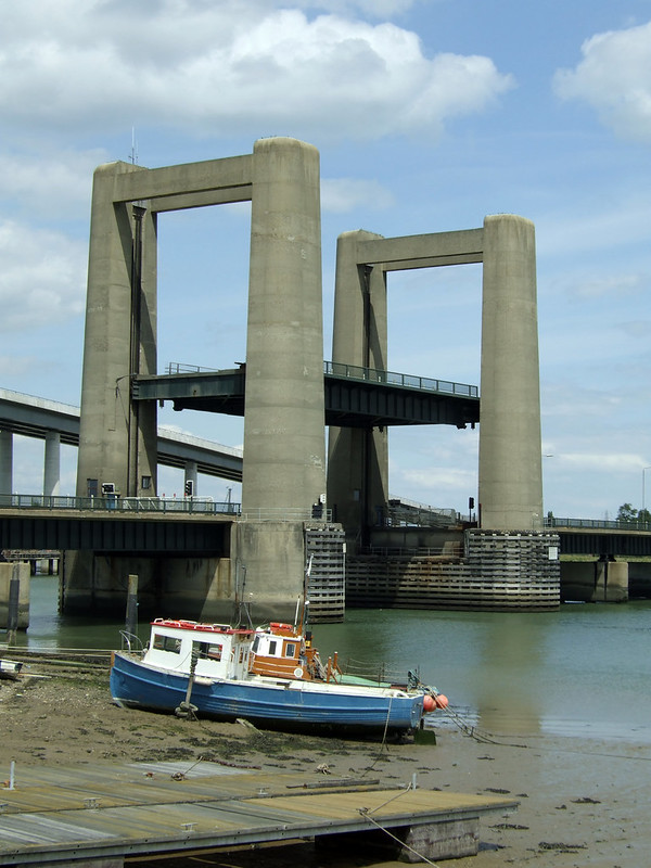 The Kings Ferry brige lifting