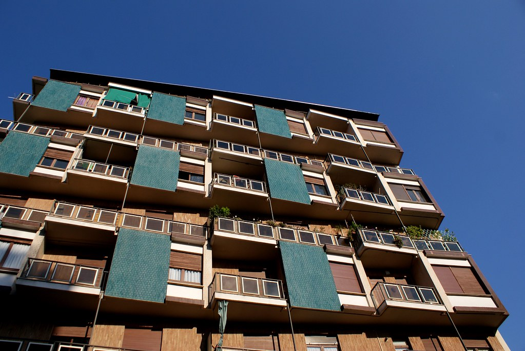 Facade moderne à Turin.