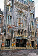 Theater Tuschinski, from the golden age of theaters