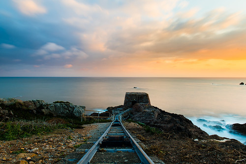 jersey sunset tracks rails blue golden motion blur clouds shutter speed nikon d750 2470 ndfilter explore