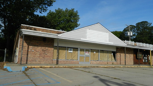 7eleven abandoned dead empty former closed old vacant newportnews va virginia