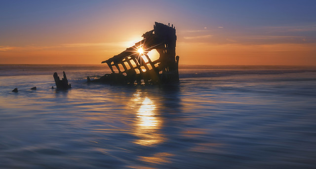 Sunset at the Ocean (Fort Stevens Park, Warrenton ,OR)