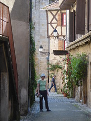 Exploring the narrow streets of the old town of Beaulieu - Photo of Cornac