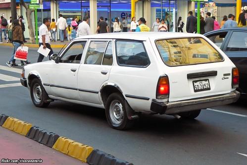 Toyota Corona Station Wagon - Lima, Perú