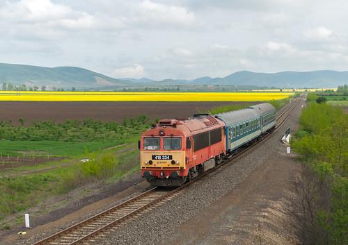 rail máv mozdony vonat vasút 80c landscape mount hill passenger m41 418 csörgő