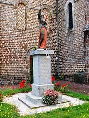 53-Sainte Marie du Bois*