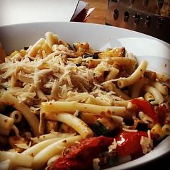 Simple pasta dish for a sunny spring evening #pasta #Vegan #italianflavors