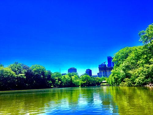 lake citylandscape sunshine bluesky citypark georgia atlanta midtown park piedmontpark