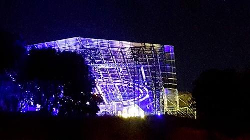 ROMA ARCHEOLOGIA e RESTAURO ARCHITETTURA: Prof. Adriano La Regina, in: FINO A SETTEMBRE. Il palco davanti al Colosseo pronto a ospitare l'opera rock «Divo Nerone», CORRIERE DELLA SERA (18/05/2017). Foto: Nathalie Naim, Roma   FACEBOOK (18/05/2017).