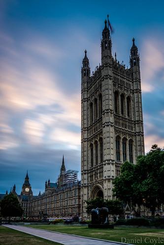 dawnoverparliament parliament housesofparliament sunriseoverparliament sunrise dawn danielcoyle nikon nikond7100 d7100 london londonsunrise citysunrise longexposure centrallondon bigben elizabethtower victoriatower clouds clock clocktower westminster palaceofwestminster