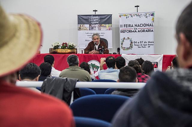 """""""La tierra no puede ser calvario de pobreza, si no medio de liberación"""", dice Mujica"""