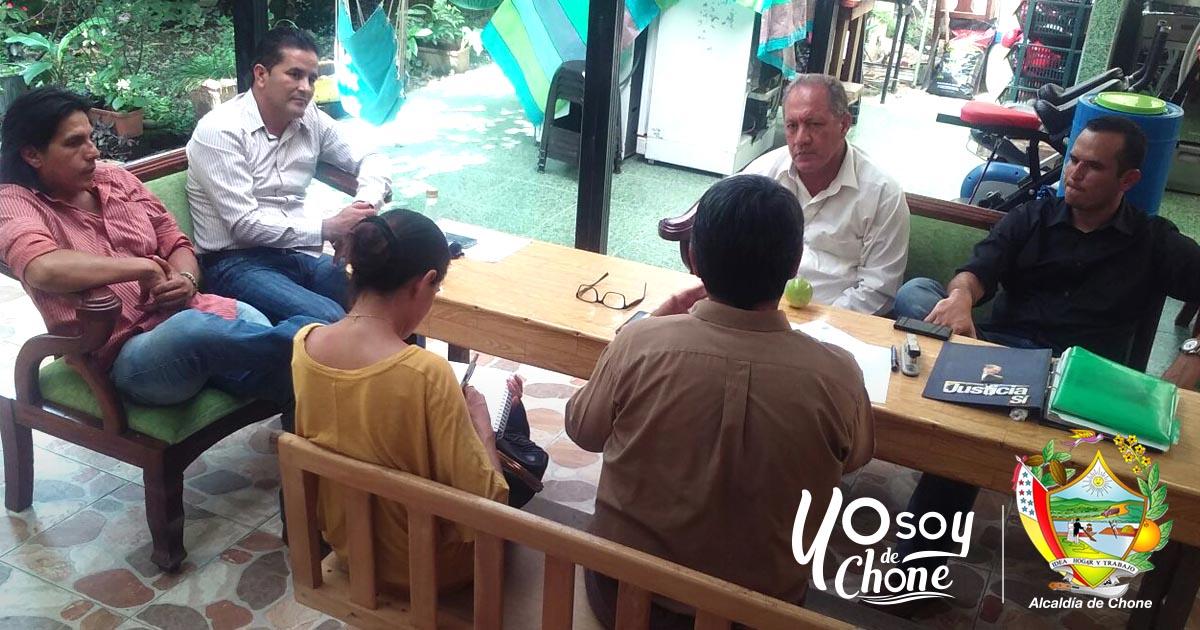 Alcaldía de Chone gestiona recursos para proyectos en beneficio de la comunidad