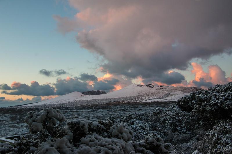 雪山だった三原山