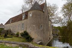 58 Suilly-la-Tour -Les Granges Château - Photo of Saint-Quentin-sur-Nohain