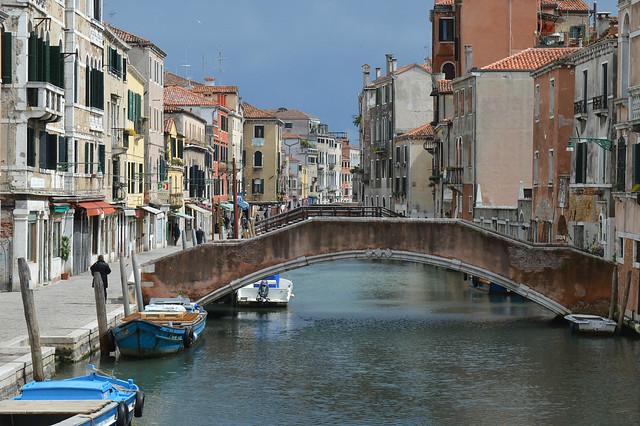 Venezia,  Rio della Misericordia e Fondamenta dei Ormesini (Sestiere di Cannaregio)