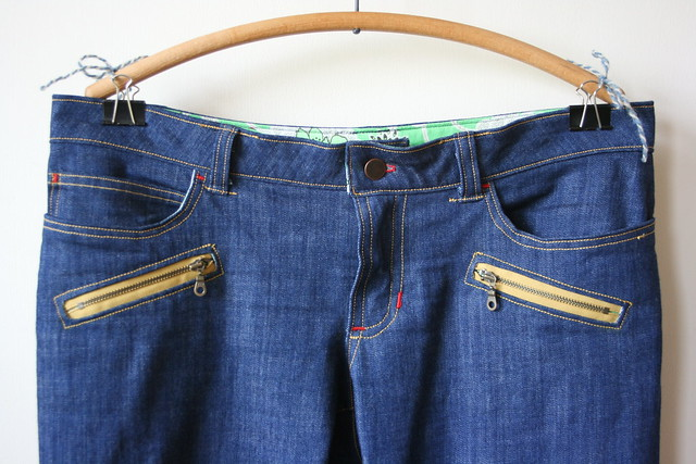 Ginger Jeans with Exposed Zippers