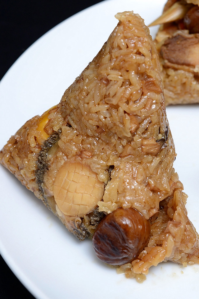 西華飯店 - 牛肝蕈鮑魚粽
