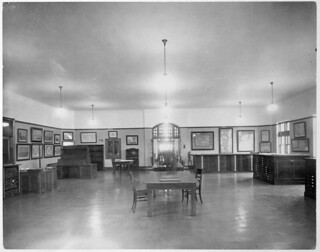 Map room, Public Archives of Canada, Sussex Street, Ottawa, Ontario / Salle des cartes, Archives publiques du Canada, rue Sussex, Ottawa (Ontario)