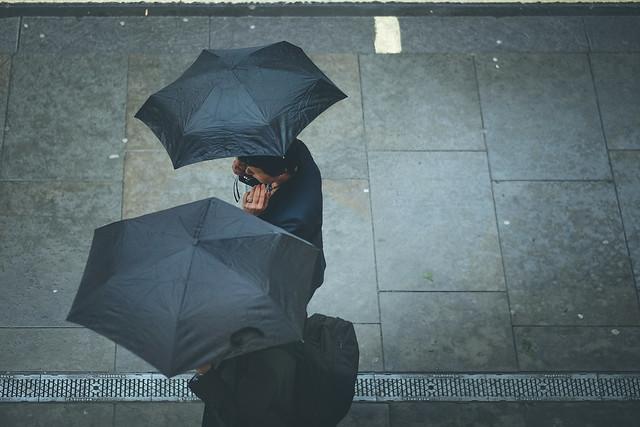 The umbrellas has come, Fujifilm X-T1, XF56mmF1.2 R