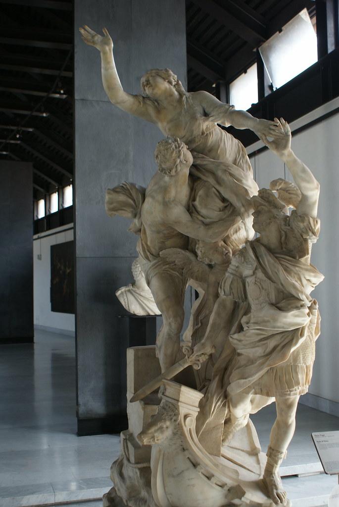 Statue baroque au Musée de la sculpture Sant'Agostino à Gênes