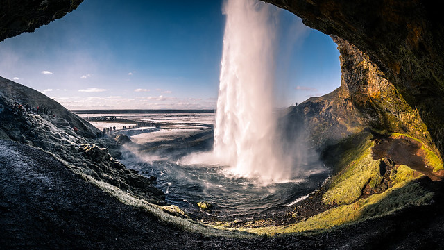 Seljalandsfoss waterfall - Iceland - Travel photography