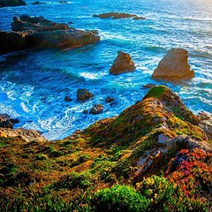#sea #ocean #pacific #pacificocean #california #cali #socal #beautiful #beach #pfeifferbeach #sunset #waves #majestic #godisgood #godisgreat #creation #godscreation #pointsur #garrapata  #twilight #soberanespoint #soberanes #bigsur