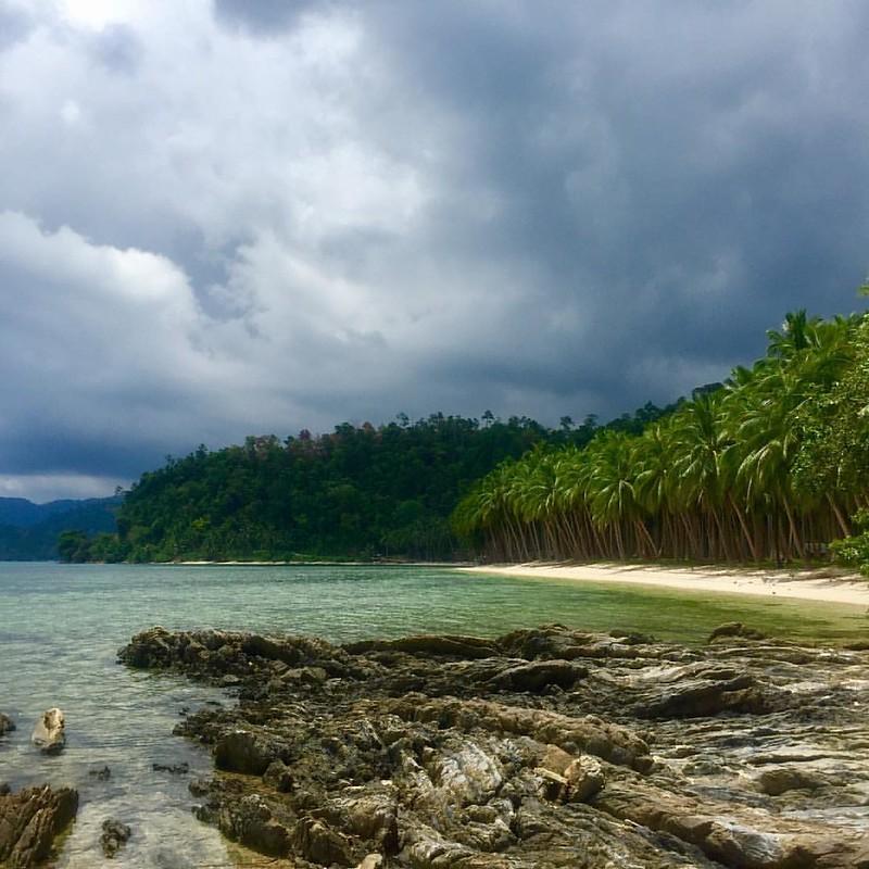 Mi ídea del paraíso es algo así... #portbarton #kiennoarriesganogana #philippines #coconutbeach #paradise