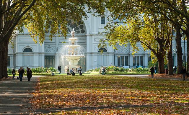 Fountain Carlton Gardens Melbourne, Nikon D700, AF Zoom-Nikkor 24-120mm f/3.5-5.6D IF