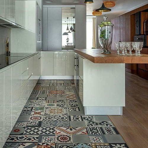 #kerlanic #arquitectura #arquilover #arquitecture #design #diseño #interiordesign #diseñadores #interiordecor #decoracion #tiles #decoration #decorate #arquitecto #interiorismo #homedecorq  #homestyle #homestyling #ceramica #ceramics #vintage  #retro