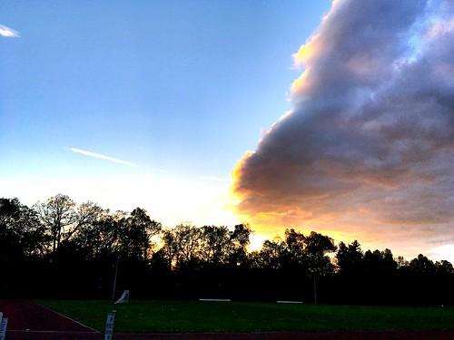 frank donniedarko cloud sunset sun trees shadow iphone project365