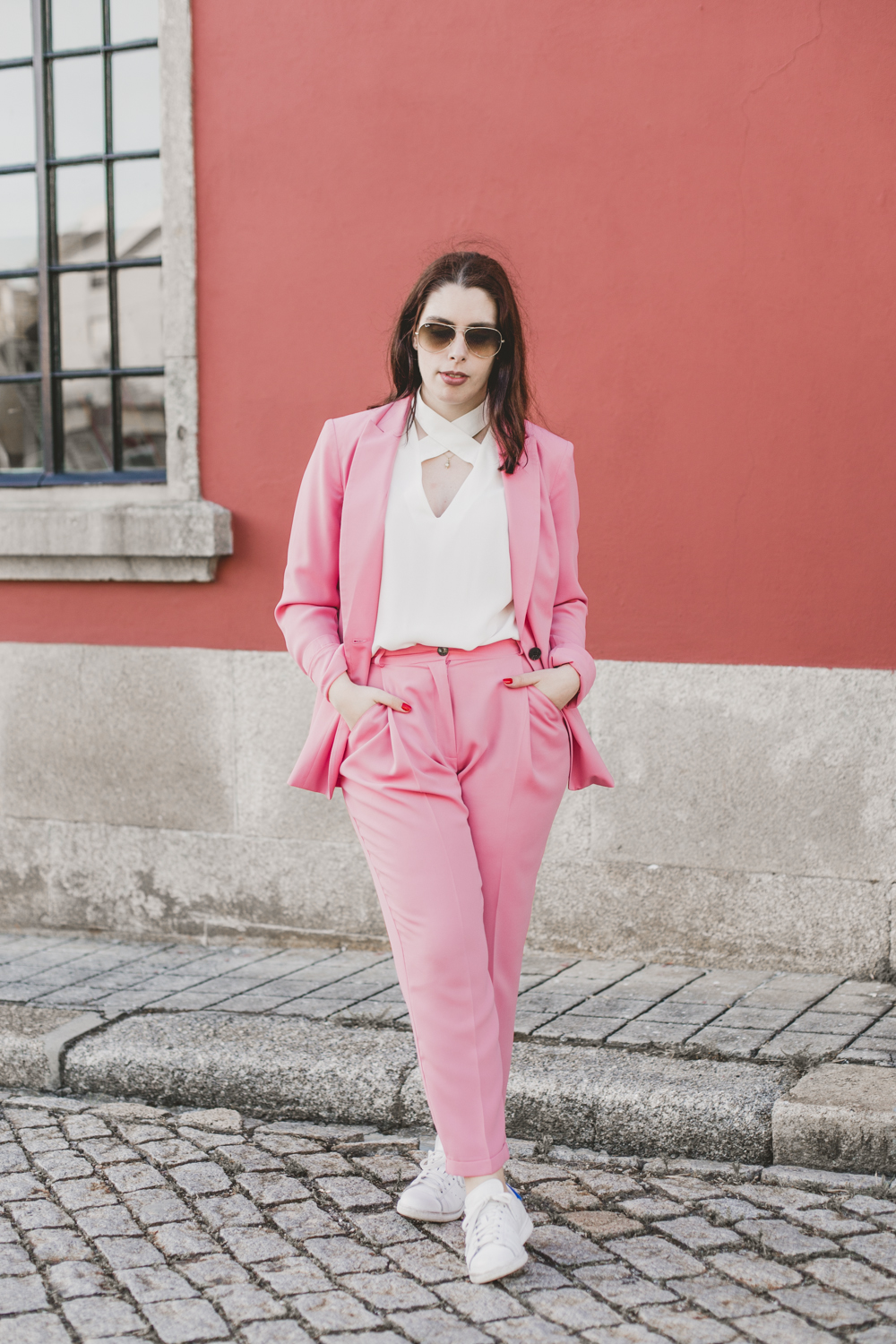outfit-pink-suit