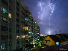 Electrifying by hak87
