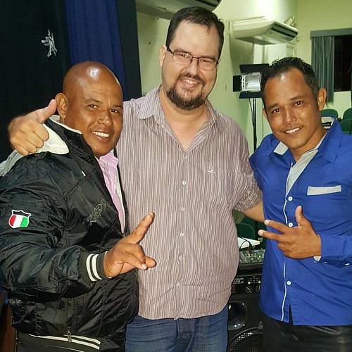 Dupla Silvio e César, noite do Encontro de Adoradores em Tupã no anfiteatro Iori, glória a Deus! #bonnalouvorepalavra