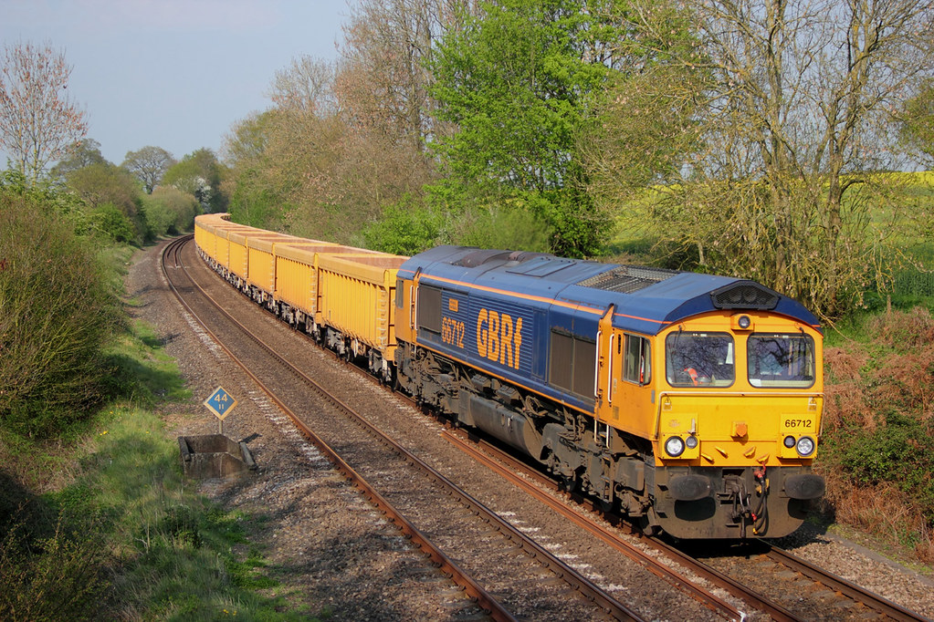 10497..19.04.11 SILCHESTER 66712..6O96 MOUNTSORREL TO EASTLEIGH LOADED BALLAST_filtered