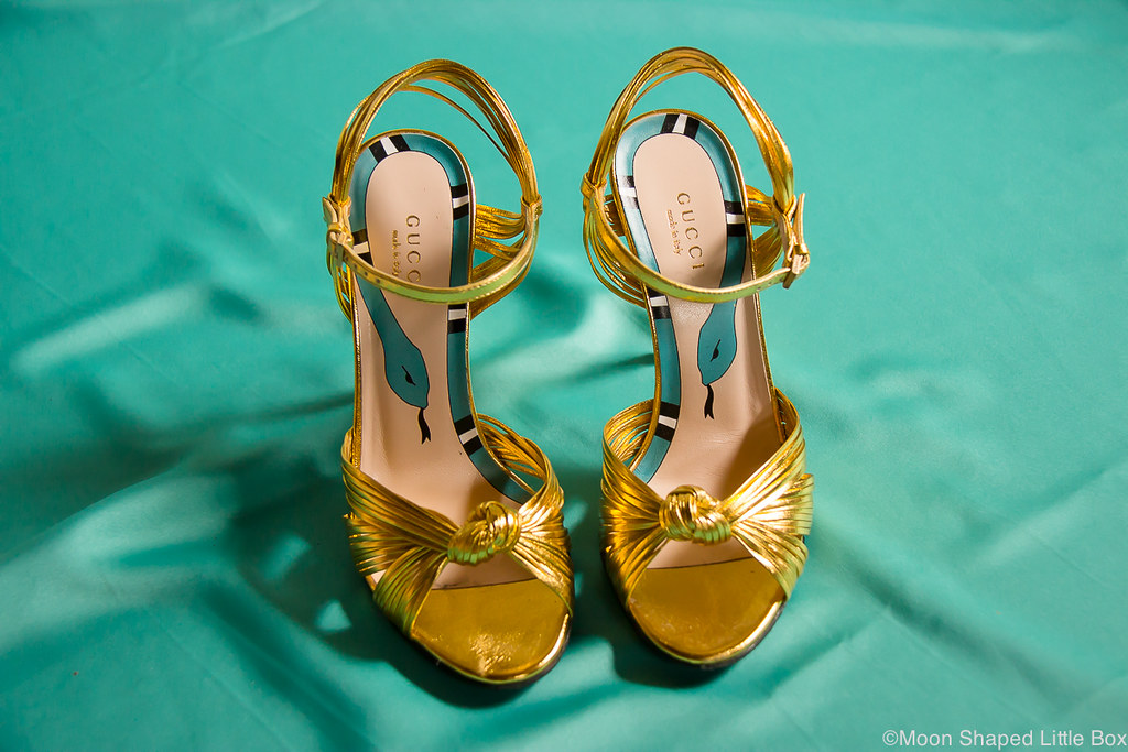 Gucci heels, golden shoes, highheels