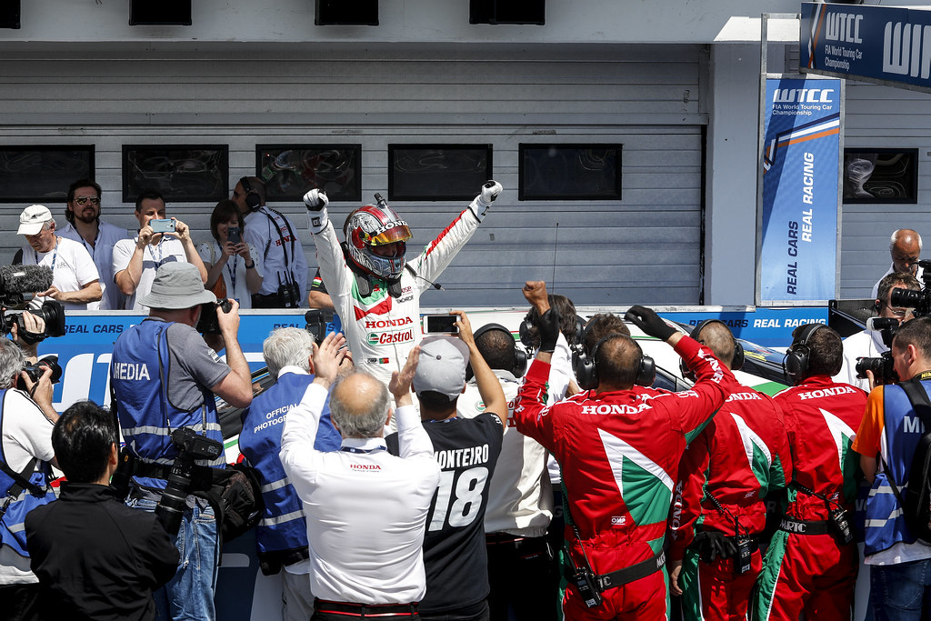 MONTEIRO Tiago (prt), Honda Civic team Castrol Honda WTC, ambiance portrait podium ambiance   during the 2017 FIA WTCC World Touring Car Race of Hungary at hungaroring, Budapest from may 12 to 14 - Photo Frederic Le Floc'h / DPPI