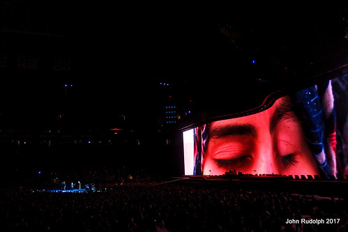 U2 Seattle - Remember Syria
