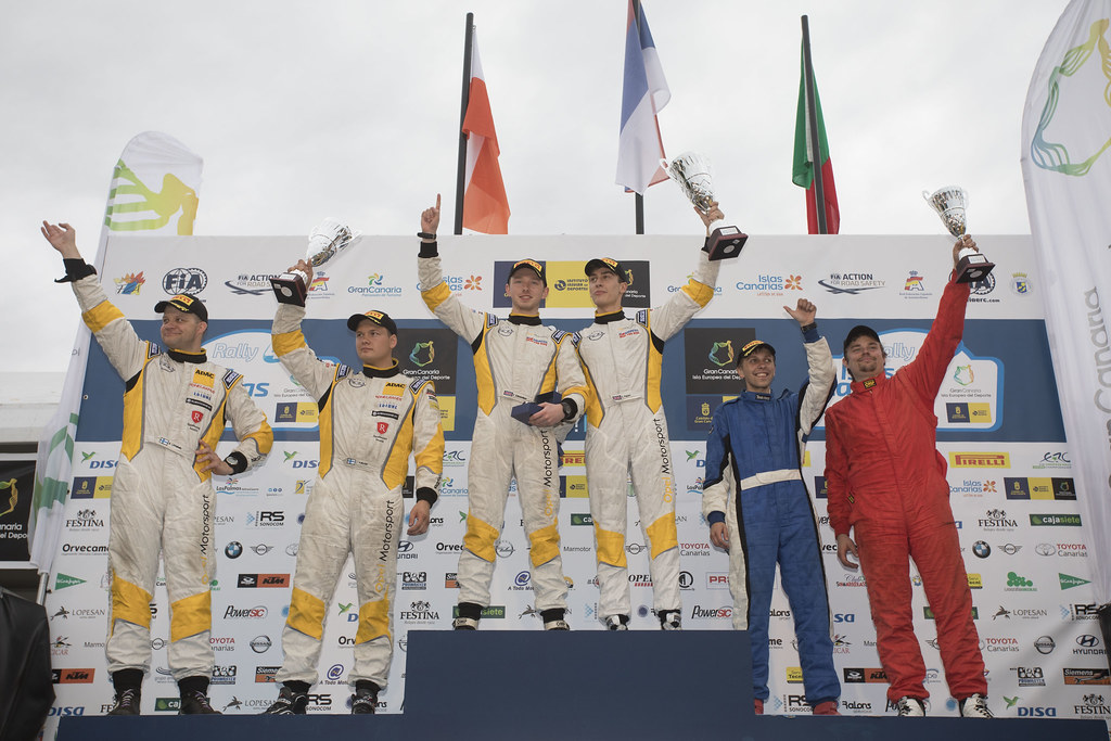 INGRAM Chris (GBR), EDMONDSON Elliot (GBR), Opel Adam R2, HUTTUNEN Jari (FIN) LINNAKETO Antti (FIN) Opel Adam R2 , KUPEC Karel (CZE), KRAJCA Ondrej (CZE), Peugeot 208 R2, ambiance portrait podium, during the 2017 European Rally Championship ERC Rally Islas Canarias, El Corte Inglés,  from May 4 to 6, at Las Palmas, Spain - Photo Gregory Lenormand / DPPI