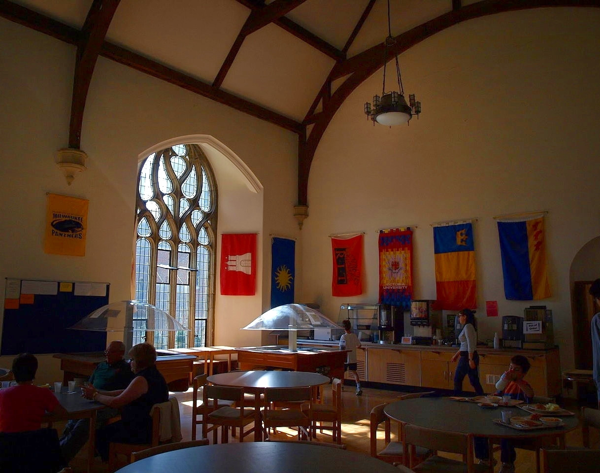 Herstmonceux Castle, Dining Hall. Credit 6mat1