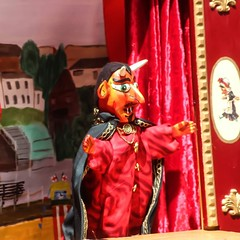 In some versions, the devil comes for Mr Punch. He's also dispatched in a duel. #London #mrpunch #puppetshow